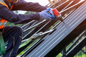 How to Find the Right Commercial Roofing Contractor in Fort Worth, TX